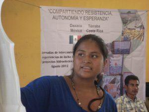 Indígenas de Costa Rica, amenazados por hidroeléctrica, se hermanan con COPUDEVER